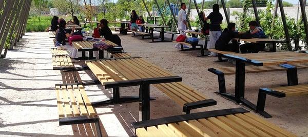Laminas y aceros mesa picnic rec.png